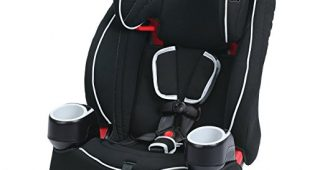 7. Graco Atlas 65 2-in-1 Harness Booster Car Seat, Glacier, One Size