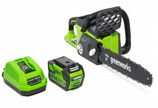1.Greenworks-16-Inch-40V-Cordless-Chainsaw-4.0-AH-Battery-Included