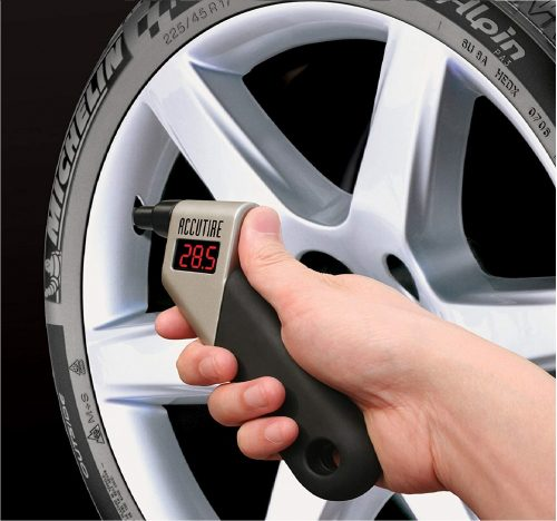 5.Accutire-MS-4021B-Digital-Tire-Pressure-Gauge