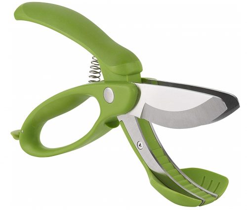 2. Trudeau Toss and Chop Salad Tongs
