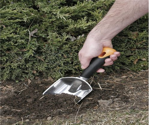 6.Fiskars-70736935J-502987-Big-Grip-Trowel