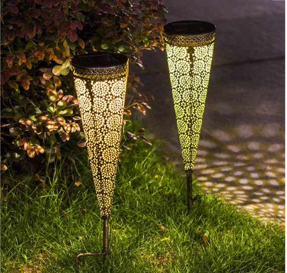 12.Solar Pathway Lights Garden Outdoor,Waterproof Metal Decorative