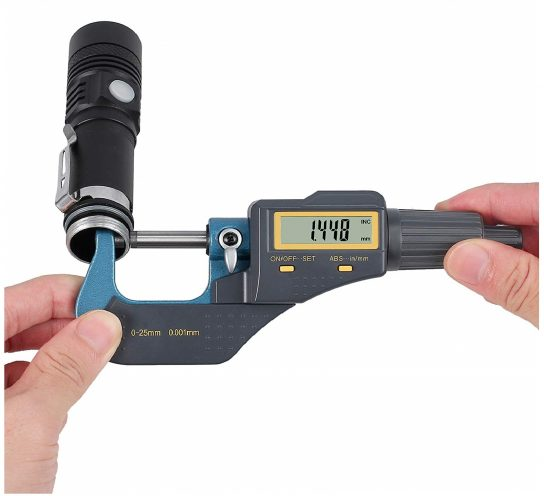9.Digital Outside Micrometer 0-1 Electronic Micrometer Inch Metric Diameter Caliper