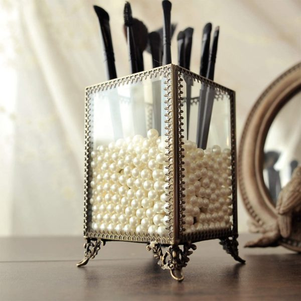 9. PuTwo Makeup Organizer Vintage Make up Brush Holder with Free White Pearls